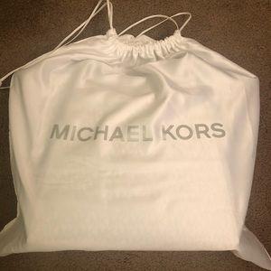 MICHAEL Michael Kors Bags - Michael Kors Logo Tote!